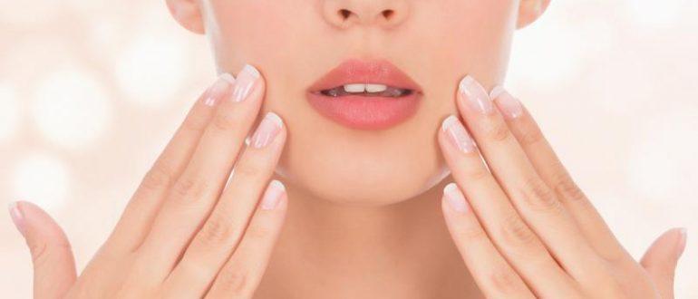Гладкая кожа в области носогубного треугольника