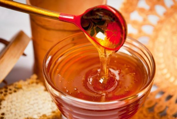 Натуральный мёд в прозрачной пиале
