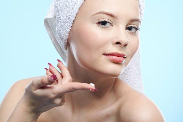 Применение антивозрастной косметики