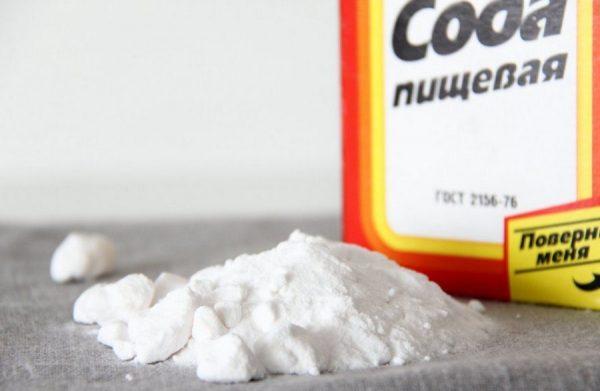 Сода пищевая на столе