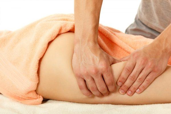 Выполнение ручного классического антицеллюлитного массажа