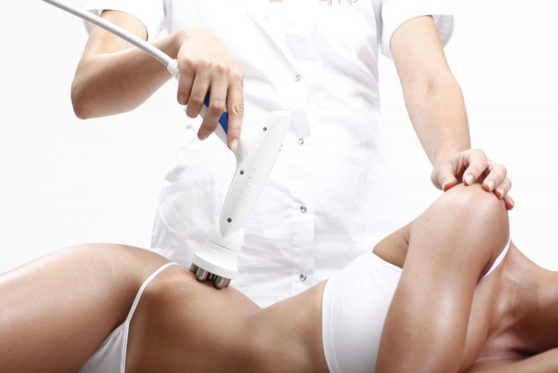 Аппаратный массаж против целлюлита