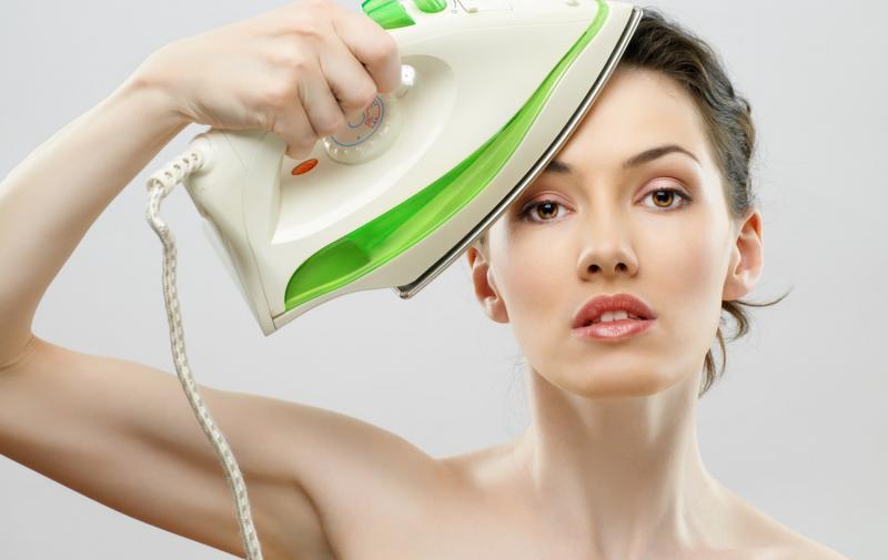 Морщины на лбу: причины появления и как убрать в домашних условиях