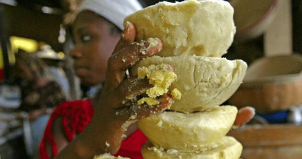 Масло ши и африканская женщина