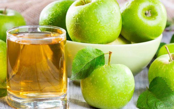 Натуральный яблочный сок