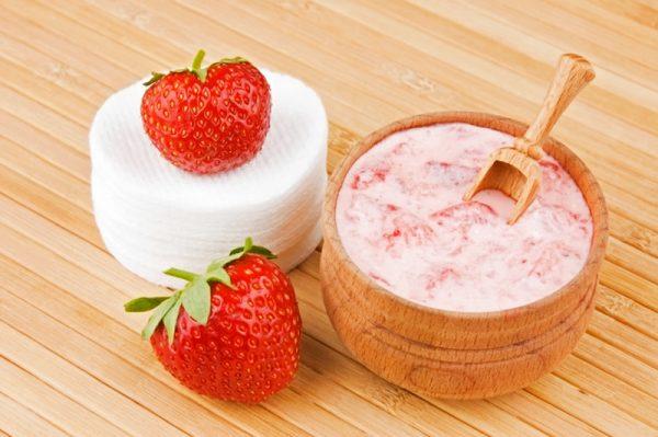 Маска для лица на основе ягод