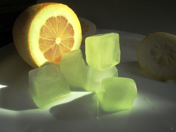 Лёд с лимонным соком